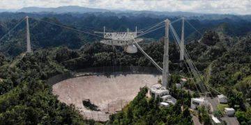 El radiotelescopio del Observatorio de Arecibo, en Puerto Rico, colapsó después de presentar daños en su estructura / Universidad de Florida Central