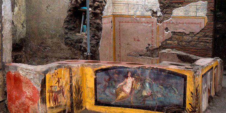 Descubrieron en Pompeya un termpolio en muy buenas condiciones / REUTERS