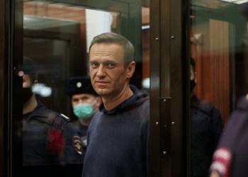 El líder de la oposición rusa Navalny asiste a una audiencia judicial en Moscú. REUTERS