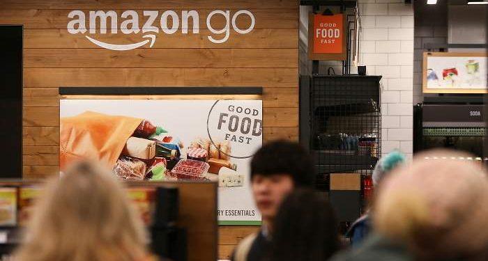 Amazon Go abrió su primera tienda en Seattle. Ahora se expanden a el Reino Unido. REUTERS