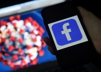 Facebook anunció que dejará de prohibir las publicaciones que afirman que el SARS-CoV-2 surgió por experimentos de los humanos