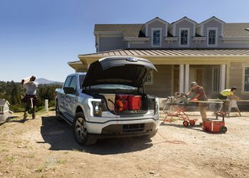 La Ford F-150 Lightning, una camioneta eléctrica que proporciona energía para su hogar por hasta tres días