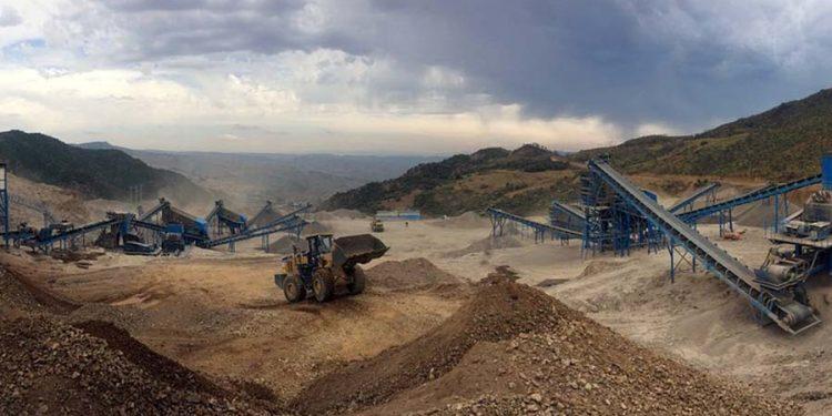 La Consejería de Industria, Empleo y Promoción Económica aprobó el proyecto minero en la sierra del Aramo