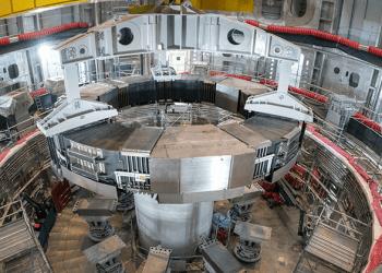 La instalación del primer imán superconductor servirá para producir fusión nuclear en la Tierra