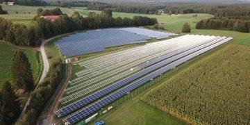 parques solares costos