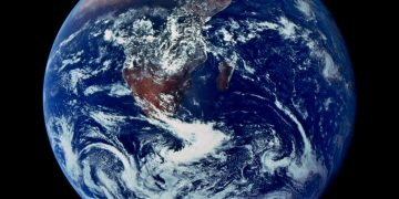 La Tierra vista desde el espacio. Wikimedia Commons / NASA /Apollo 17 / Harrison Schmitt o Ron Evans