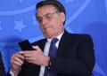 Bolsonaro modifica ley sobre el uso del Internet para exigir que las redes sociales no eliminen contenidos