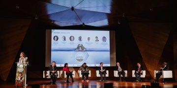 El III CISM contó con una primera Mesa de Debate titulada Energía Verde, donde se abordó las principales pilares de la transición energética. Angel Santamaria
